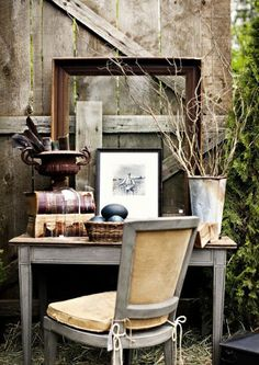 Barn House is a really cool vintage flea market sale in Battle Ground, WA (home town). Boho Vintage, Vintage Decor, French Vintage, Vintage Style, Vintage Items, Country Decor, Rustic Decor, Country Living, Primitive Decor