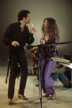 Janis Joplin: On his television show This is Tom Jones in 1969, Welsh singer Tom Jones and Janis Joplin performed a duet. (Photo: Getty Images)