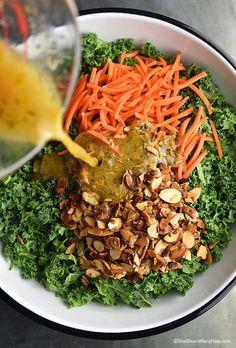Easy Garlicky Orange Kale Salad Recipe - dressing is good Kale Salad Recipes, Raw Food Recipes, Vegetarian Recipes, Cooking Recipes, Healthy Recipes, Kale Salads, Cooking Tips, Healthy Salads, Healthy Eating