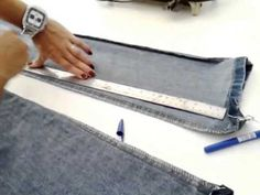 como apertar boca de calça jeans - YouTube Sewing Pants, Album, Couture, Sewing Tutorials, Diy And Crafts, Lens, Bermuda Jeans, Fashion Design, Sewing Accessories