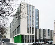Деловой центр на улице Красина; вид со стороны Зоологической улицы. ТПО «Резерв», реализация, 2016. Фотография © Юлия Тарабарина, Архи.ру