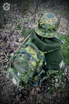 6 Hunting Backpacks, Bushcraft Kit, Tactical Wear, Direct Action, Tactical Equipment, Outdoor Men, Diy Camping, Backpacking Gear, Navy Seals