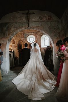 Wanwan Lei and Lin Han's Wedding at a Castle in Switzerland