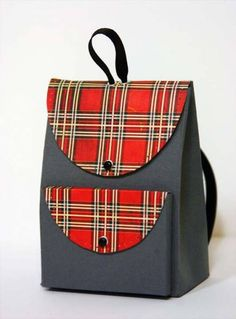 Plaid Backpack by sleepyinseattle - Cards and Paper Crafts at Splitcoaststampers Paper Purse, Paper Bags, Little Backpacks, Purse Tutorial, Basic Grey, Folded Cards, Gift Bags, Mini Albums, Purses And Bags