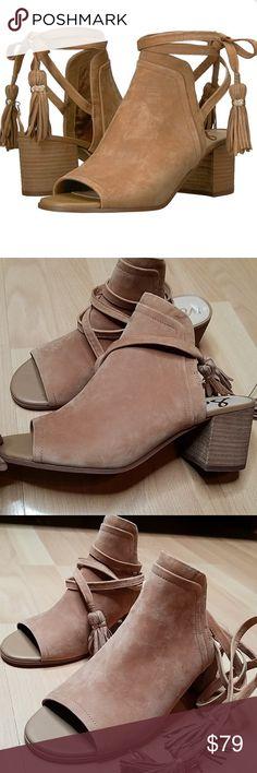 c07d02c37d339 NWT Sam Edelman Sampson peep toeblock heel sandals NEW Sam Edelman Sampson  block heel sandals size