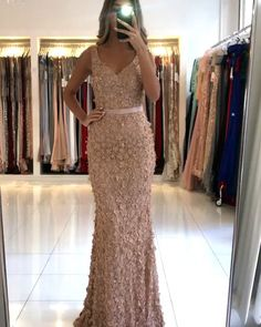 Lace Dress Styles, Short Dresses, Girls Dresses, Classy Dress, Dream Wedding Dresses, The Dress, Pretty Outfits, Evening Gowns, Bridal Gowns