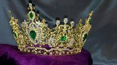 Every year, a girl has to pass down her crown to her next successor. They are then given this MGI Crown to continue on their journey. Pageant Crowns, Tiaras And Crowns, Royal Jewels, Royal Fashion, Beauty Queens, Headgear, Delicate, Ms, Jewelry
