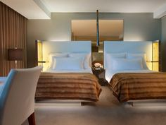 Hotel Rodeo Drive Beverly Hills - Best Luxury Hotel Los Angeles | SLS Hotels | Beverly Hills