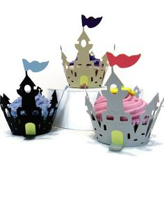 Cupcake Wrappers Castle Wrapper set of 12 by cakeadoodledoo
