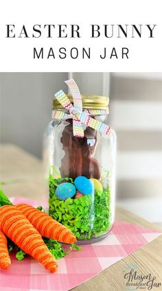 Want fun and cute Mason jar gifts for Easter? Mason jar gift ideas dont get much cuter or easier than this Easter Bunny Jar! Kids grandkids friends and family will all love receiving this yummy chocolate bunny in a jar. Easter Gift, Easter Crafts, Easter Bunny, Jar Crafts, Easter Ideas, Diy Gifts For Friends, Diy Gifts For Boyfriend, Mason Jar Gifts, Mason Jar Diy
