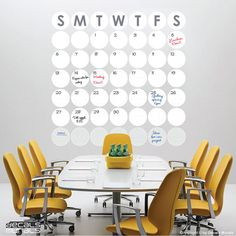 This would work great in a dorm! What a great calendar idea! (if you have the wall space)