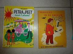 Petra en Peet naar 't strand-Trix Bakker.