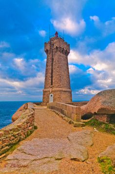 Lighthouse - côtes-d'armor ~ Ploumanach, Bretagne,France.