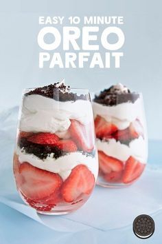 Crunch Parfait Recipe Whip up these easy, no bake OREO Crunch Parfaits for any day of the week - no special occasion needed.Whip up these easy, no bake OREO Crunch Parfaits for any day of the week - no special occasion needed. Think Food, Love Food, Delicious Desserts, Yummy Food, Tasty, Delicious Cupcakes, Yummy Treats, Baking Recipes, Dessert Recipes