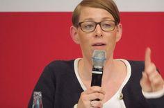 Eva-Maria Kirschsieper: Das ist die Frau der Facebooksperrungen!