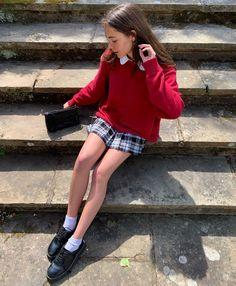 "fia 🧸 on Instagram: ""cherry 🍒"" Indie Outfits, Preppy Outfits, Preppy Style, Cool Outfits, Fashion Outfits, Fashion Skirts, Preppy Grunge, Grunge Style, Soft Grunge"