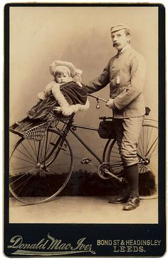 Victorian Man with a baby carrier on the front of his Bicycle Antique Photos, Vintage Pictures, Vintage Photographs, Old Pictures, Vintage Images, Old Photos, Vintage Cycles, Vintage Bikes, Antique Bicycles