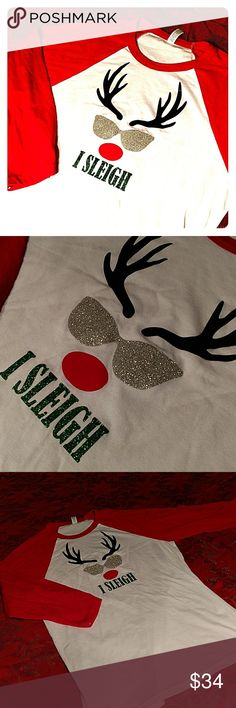 🎄I Sleigh! Funny Christmas Shirt M Cool Rudolph the red nose reindeer is wearing glitter sun glasses. I slay! But funny. Funny Christmas Messages, Funny Christmas Outfits, Funny Christmas Shirts, Christmas Humor, Christmas Clothes, New Funny Memes, Xmas Shirts, Rudolph The Red, Red Nosed Reindeer