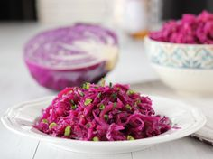 I'm so excited to share these Braised Sweet and Sour Purple Cabbage with you guys today! Easy Braised Sweet and Sour Purple Cabbage healthy recipe which are ready in few minutes. Side Recipes, Easy Healthy Recipes, Raw Food Recipes, Salad Recipes, Lithuanian Recipes, Russian Recipes, Purple Cabbage Recipes, Red Cabbage, Sweet And Sour Cabbage