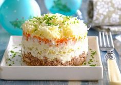 Салат «Мимоза» с сайрой - классический рецепт Food Art, Vanilla Cake, Mashed Potatoes, Deserts, Food And Drink, Pudding, Yummy Food, Yummy Recipes, Favorite Recipes