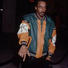. @TheRealRalphTresvant ||#90sfashion #90sflava #NE4Life #Bringbackthe90s Ralph Tresvant, Soul Singers, Jackson 5, New Edition, Bobby Brown, Popular Culture, Back In The Day, 90s Fashion, Black Men