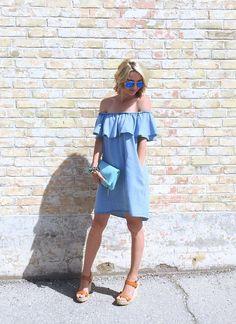 denim off the shoulder Zara dress, fold over clutch and wedge heels Tiaras and heels blog