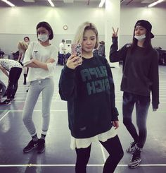 watasiwahyo: 소녀시대 콘서트 연습중!! #Phantasia #Dday3