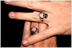 wedding ring tattoo designs Ring Finger Tattoos for Couples Couples Ring Tattoos, Ring Finger Tattoos, Couple Tattoos, Marriage Tattoos, Finger Tattoo Designs, Couples Tattoo Designs, Small Girl Tattoos, Trendy Tattoos, Love Tattoos