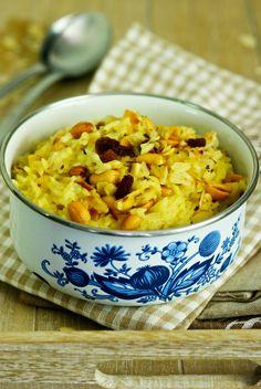 Riz épicé aux amandes et cacahuètes