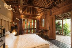 Villa Zelie is a luxury villa with traditional Joglo architecture, pool and massive movie screen, 2 minutes from the beach in Canggu, Bali. Small Bedroom Furniture, Small Room Bedroom, Master Bedroom Design, Bedroom Designs, Modern Bedroom, Bali House, Traditional Bedroom, Traditional House, Villas