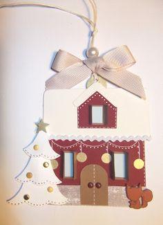 Oggi vi propongo delle tag nataliziecon figure tipiche del Natale: lo schiaccianoci, l'angioletto, la calza di Natale, la casa innevata e ...