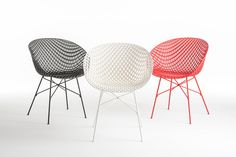 Matrix Chair by Tokujin Yoshioka. Its innovative 3D structure is possible thanks to the use of an injection moulding technique. available in red, black and white