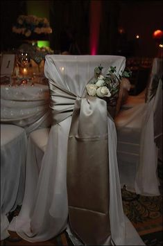 Elegant Wedding Table Decorations Chair Covers Linens and Centerpieces for Wedding Receptions Wedding Reception Chairs, Wedding Table Themes, Wedding Table Seating, Wedding Chair Decorations, Decoration Table, Wedding Receptions, Centerpieces For Weddings, Elegant Centerpieces, Elegant Table