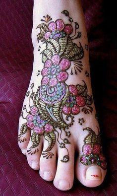 Glitter Foot Mehndi Design