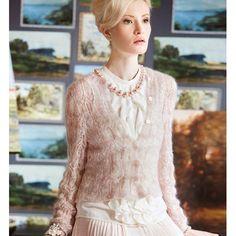 HIP-LENGTH CARDIGAN  Vogue Knitting Early Fall 2014 #6  Design by Ellen Liguori