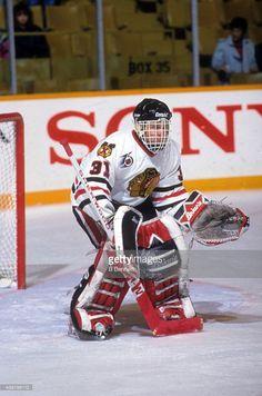 Blackhawks Hockey, Hockey Goalie, Hockey Games, Chicago Blackhawks, Ice Hockey, Goalie Mask, Nhl Players, Black Hawk, National Hockey League