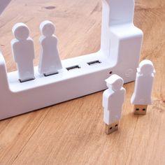 House USB charging hub + USB people