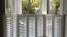 View our gallery of custom made cafe style window shutters from Shuttersouth, Hampshire's leading shutter design and installation experts.