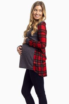 Like florals for spring and tribal for summer, this fall season's wardrobe is incomplete without its go-to print. This plaid accent maternity top gives you the best of fall styles in a flattering silhouette. Comfortable, casual, and trendy everyday wear never got so simple. Throw this on with a basic skinny jean and booties and you're ready to face the crisp air.