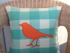Bird blanket cushion - green/orange