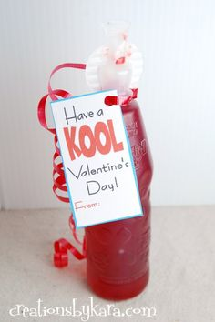 Creations by Kara: Free printable Valentines Day tag Kool-Ai.- Creations by Kara: Free printable Valentines Day tag Kool-Aid Creations by Kara: Free printable Valentines Day tag Kool-Aid - Kinder Valentines, Valentines Day Treats, Valentines Day Decorations, Valentine Day Love, Valentine Day Crafts, Valentine Ideas, Valentine Party, Homemade Valentines, Valentine Wreath
