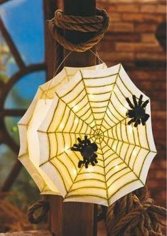 ✓ Easy to imitate ✓ Materia - Spiderweb Lantern – Free Guide. ✓ Easy to imitate ✓ Order material online ✓ - Halloween Crafts To Sell, Halloween Crafts For Toddlers, Crafts For Teens To Make, Toddler Halloween, Toddler Crafts, Diy Crafts To Sell, Kids Crafts, Easy Crafts, Christmas Crafts