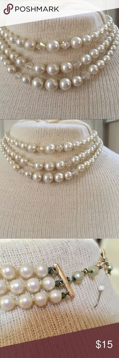 Vintage pearl borealis necklace choker Purchased at a Estate sale, I have owned this beautiful necklace for a while. It's time to let it go. 🌺⭐️💕❤️🌸🤗 Jewelry Necklaces
