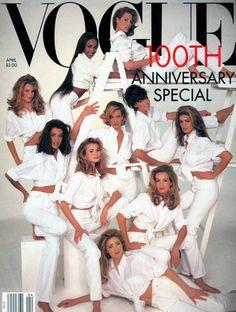 Karen Mulder, Naomi Campbell, Linda Evangelista, Claudia Schiffer, Cindy Crawford en couverture de Vogue 30