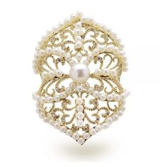 Allurez Vintage Style Diamond Akoya Pearl Cocktail Ring 14k Y. Gold ❤ liked on Polyvore featuring jewelry, rings, pearl ring, 14k gold ring, diamond rings, gold pearl ring and cocktail rings