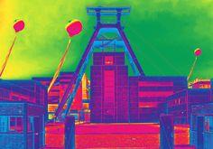 'Zeche Zollverein - Schachtzeichen Ruhr 2010' von sd-arts bei artflakes.com als Poster oder Kunstdruck $20.79