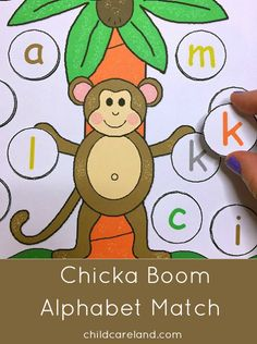 Chicka Chicka Boom Boom Alphabet Match (from Childcareland) Jungle Preschool Themes, Preschool Literacy, Preschool Letters, Preschool Books, Preschool Lessons, Alphabet Activities, Alphabet Crafts, Learning Letters, Alphabet Letters