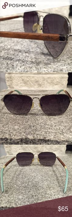 Men's Toms Sunglasses Carpe Diem model, Brown wood finish with baby blue bottom, great condition hardly worn with no scratches, little paint chip of baby blue pictured in the 4th photo Toms Accessories Sunglasses