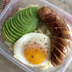 """3,869 Likes, 248 Comments - Official Whole30® Recipes (@whole30recipes) on Instagram: """"Good morning, friends! Dolly from @dollyessfit over here getting ready for the day. Breakfast is to…"""""""