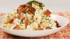 Fully Loaded Potato Salad - Recipes - Best Recipes Ever - This version of potato salad has all the comfort of a fully loaded baked potato. Lunch Recipes, Appetizer Recipes, Salad Recipes, Cooking Recipes, Yummy Recipes, Recipies, Appetizers, Loaded Potato Salad, Loaded Baked Potatoes